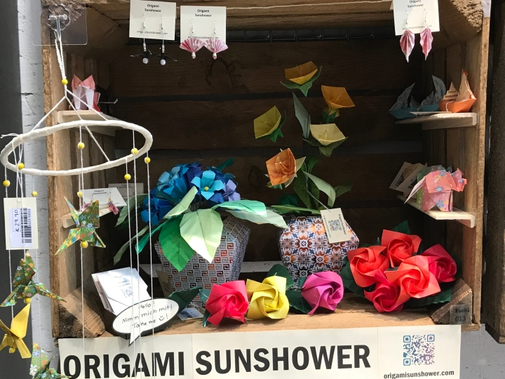 Origami Sunshower box at Fachl